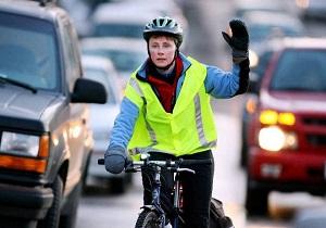 Велосипедист обезопась себя